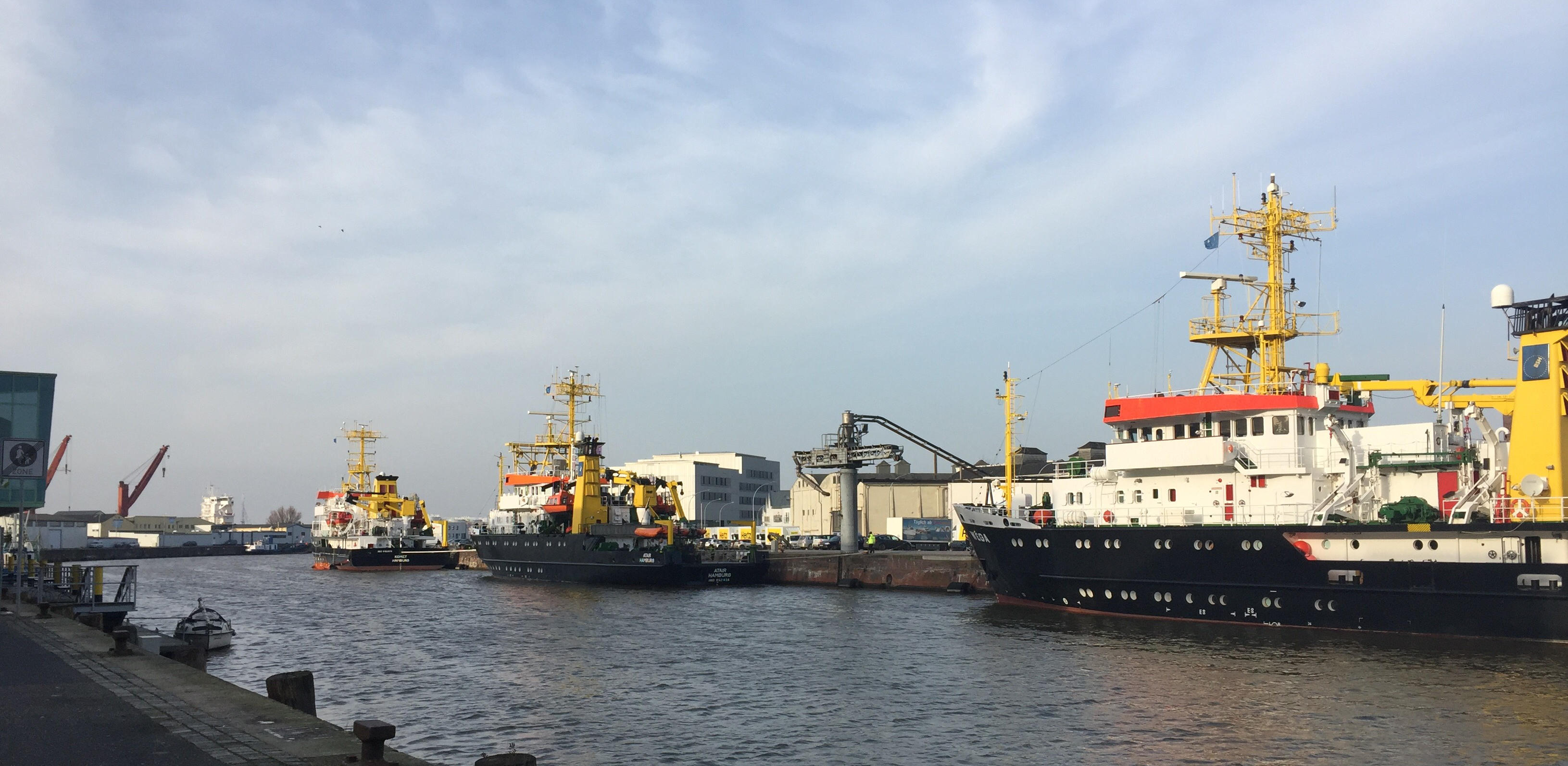 View Bremerhaven Port